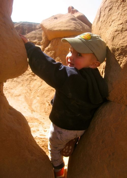 toddler, goblin valley, hoodoos