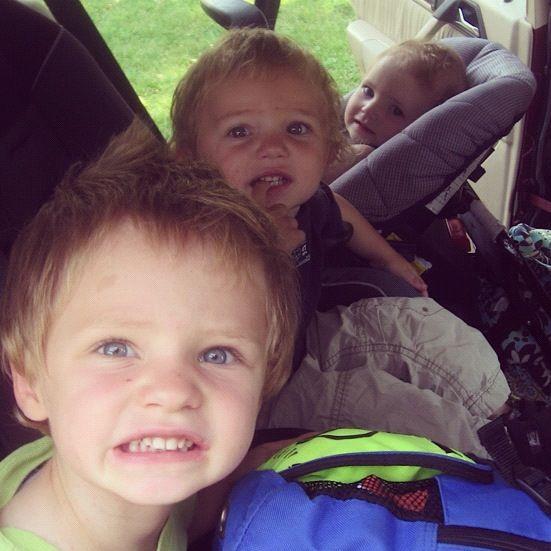 kids in car seats in car instagram