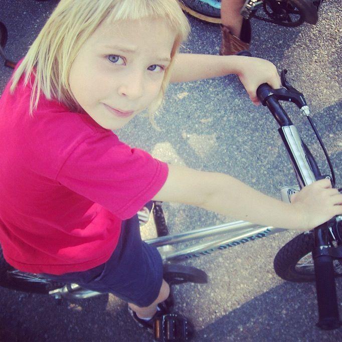 little blond girl bike instagram