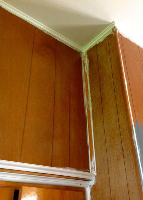 paneling caulk