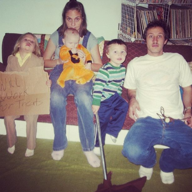 family halloween costumes instagram