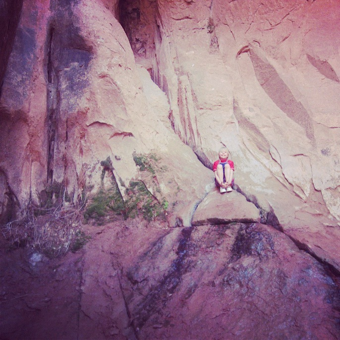 little girl arches national park moab negro bill canyon instagram