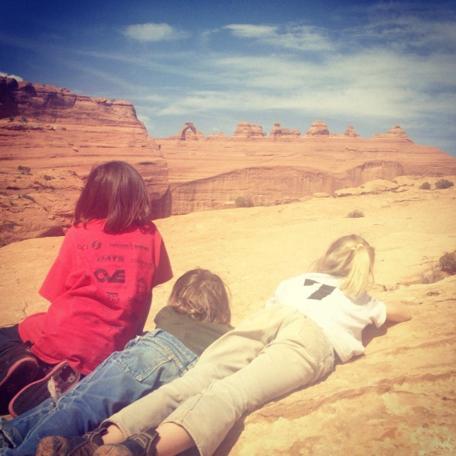 kids delicate arch overlook arches national park moab willow creek trail instagram