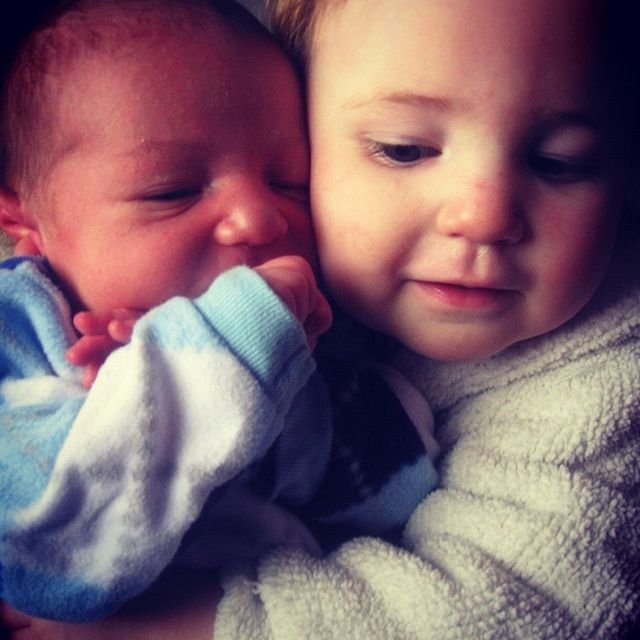 baby girl hugging baby brother instagram