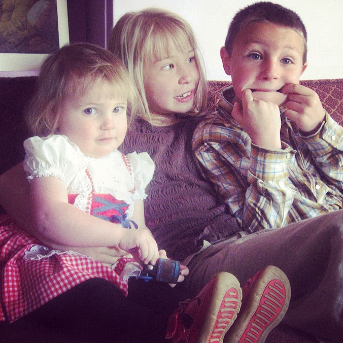 siblings on couch instagram
